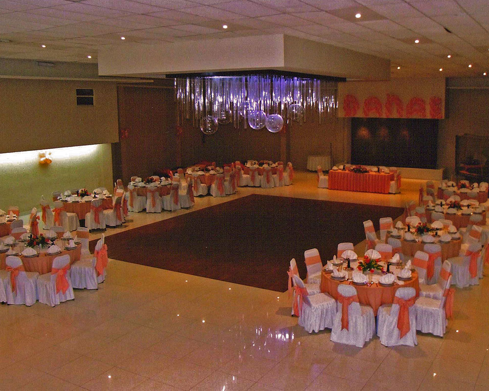 Sal n melody salones centenario for Jiguli 011 salon